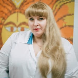 Линник Елена Викторовна Врач стоматолог-хирург