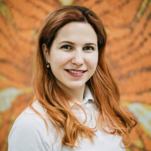 Зубной врач Репетилова Надежда Вильгельмовна